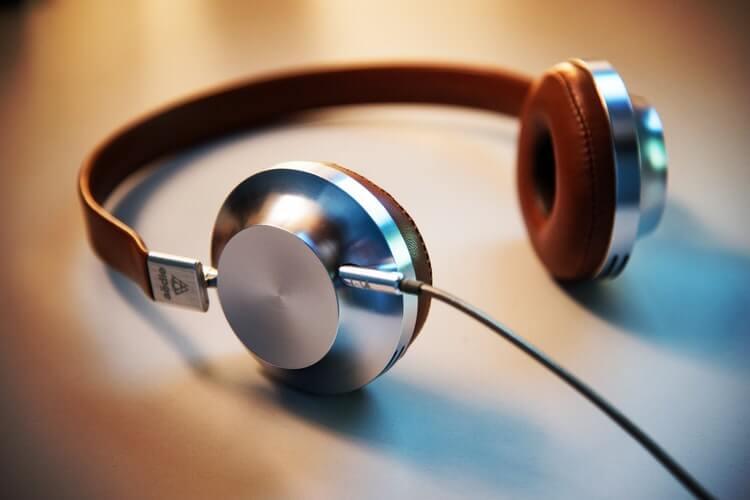 TOP 9: veja os melhores podcasts para o departamento de compras