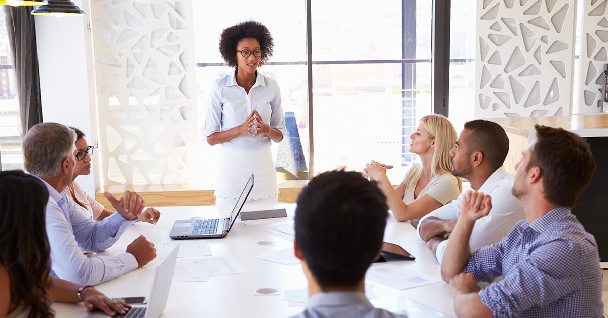 Desconstruindo os 3 mitos sobre as mulheres e a negociação